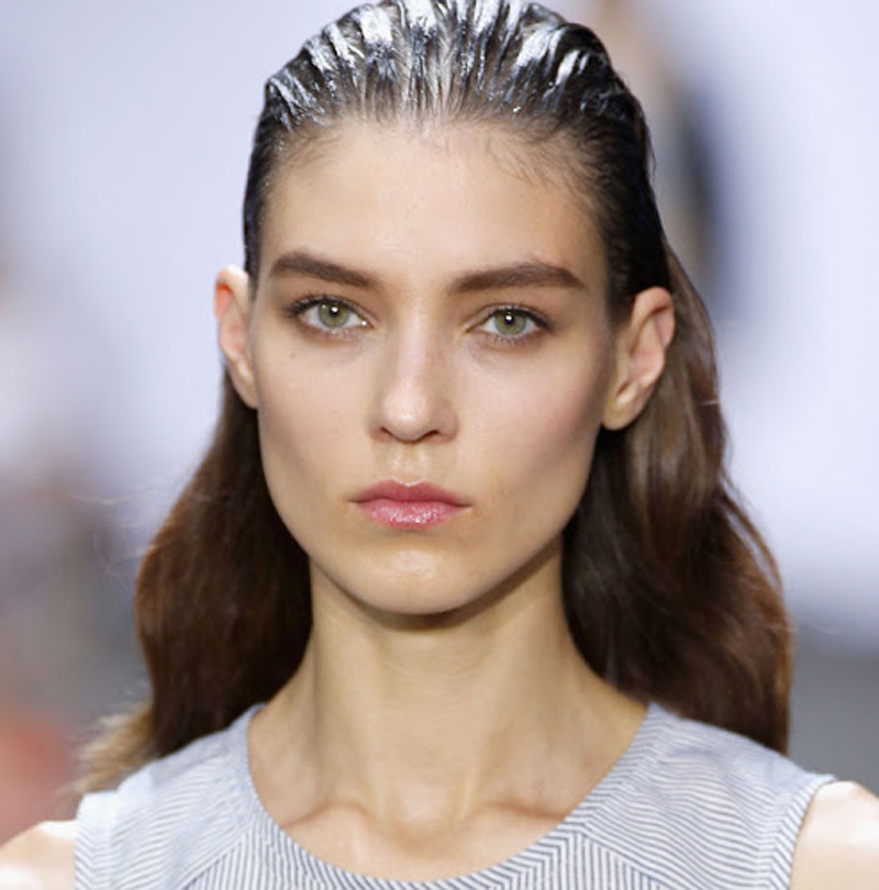 How to Make Your Wet Hair Look Last
