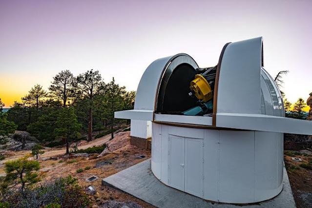 Telescópio SAINT-EX