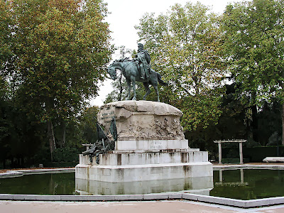 Estatua del Gral. Martínez Campos en el Retiro (Benlliure)