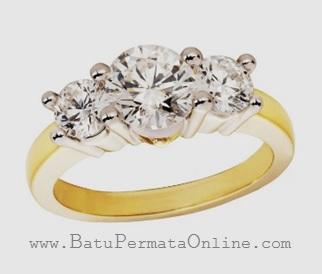 Cincin Berlian Desain Tiga Buah Batu Permata