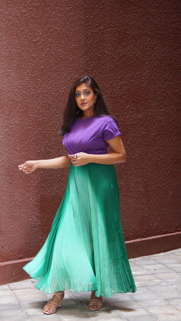 how to style a long skirt, wearing long skirt in india