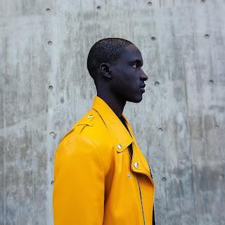 cores de roupa deixam homens mais atraentes