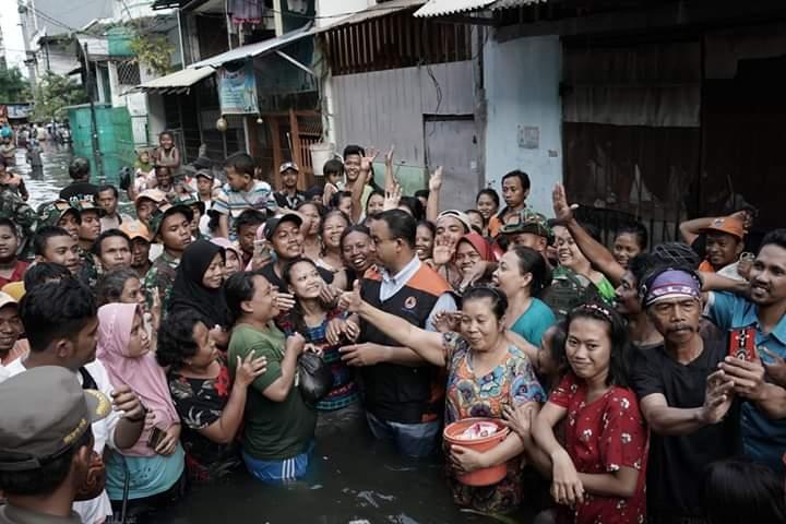 Dihajar Buzzer, Anies Banjir Dukungan