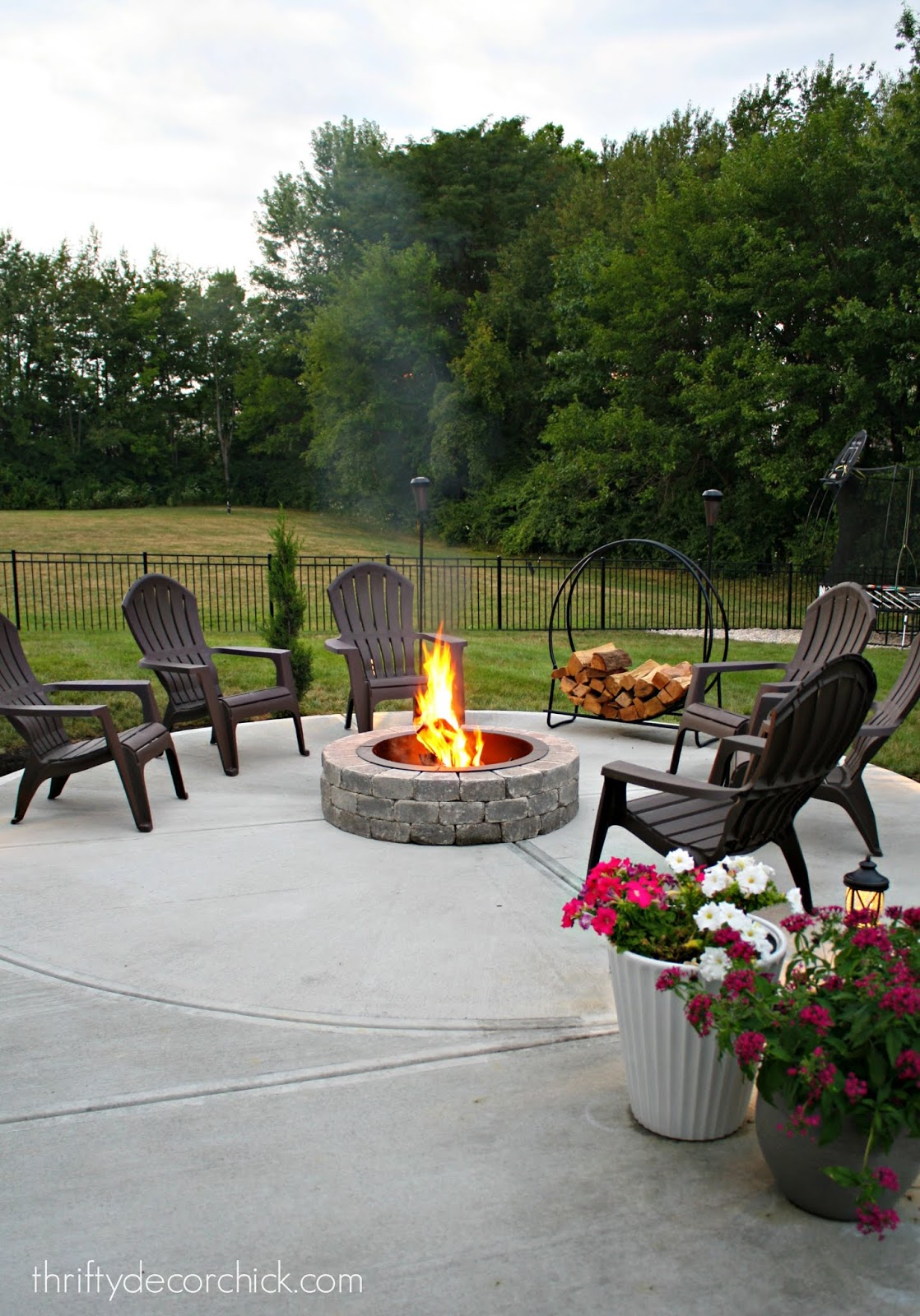 How to build a safe fire pit on a patio