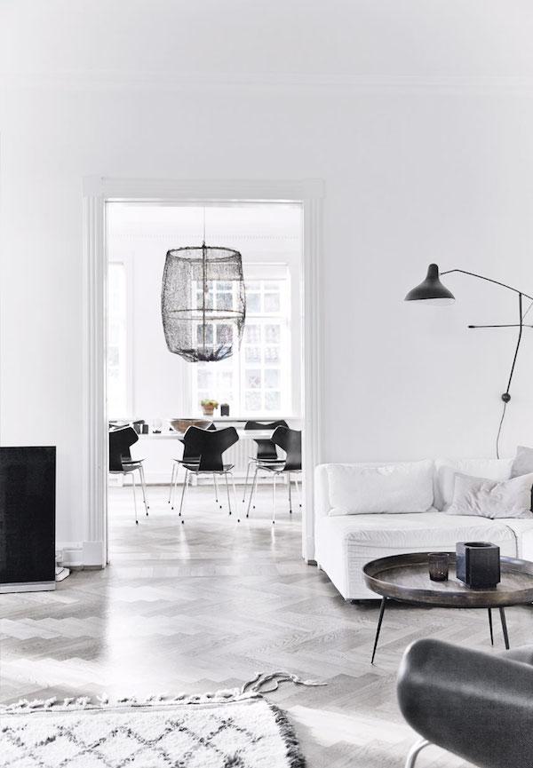 vosgesparis: A minimalistic and relaxing home in Copenhagen