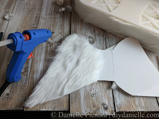 Creating the wings for the angel... trim the fur.