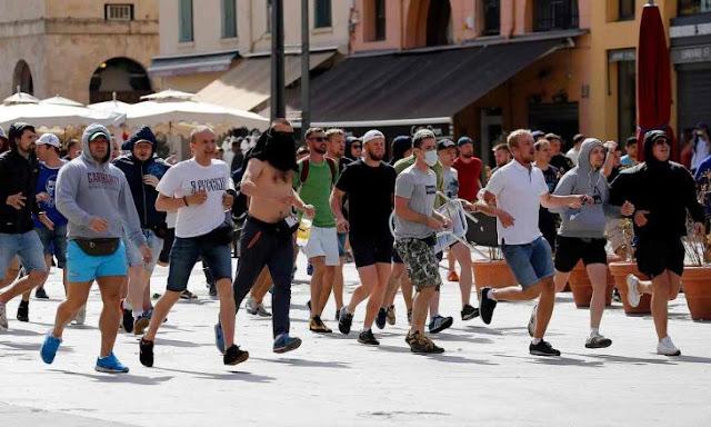 Aficionados rusos se prepararon para pelear en la Euro 2016