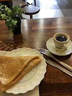 Espresso pancake breakfast in Paris