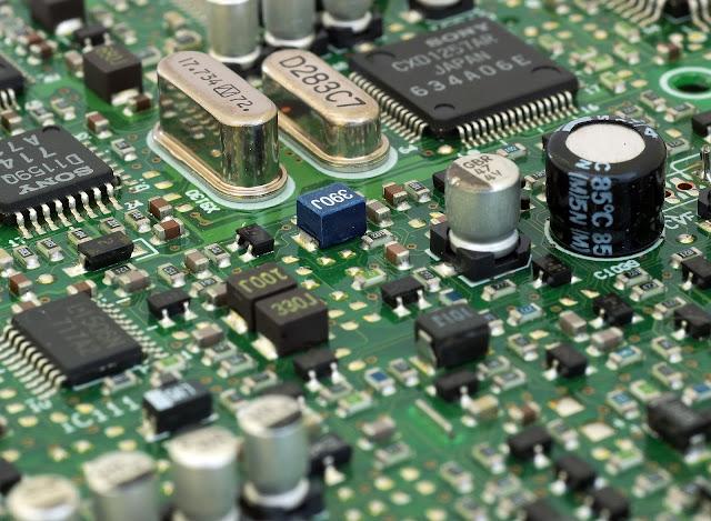 Karakteristik Transistor Efek Medan (Junction Field Effect Transistor (JFET))
