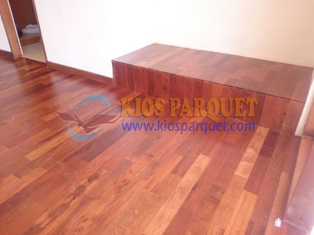 Contoh Pemasangan lantai kayu Merbau di dalam ruangan