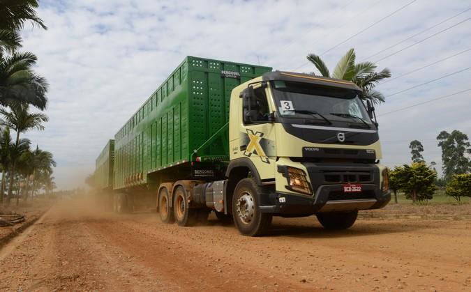 Raízen recebe 210 caminhões Volvo FH e FMX