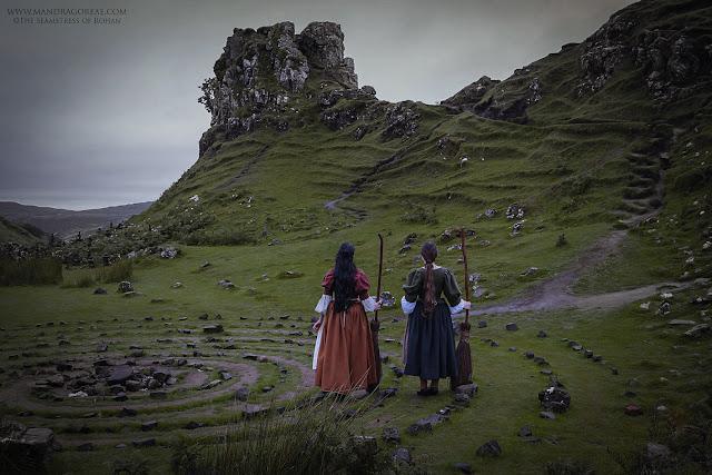 The Seamstress of Rohan admiring the Castle Ewan at the Fairy Glen, Isle of Skye, Scotland, Mandragoreae Victoria Francés