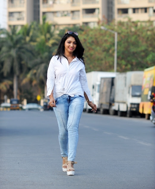 Aishwarya Arora Latest Hot Photos Stills Actress Trend