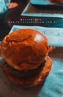 Imagem hamburgueria/restaurante harry potter comida