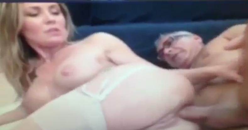 Sekreter Pornosu  Porno43  Sekreter Pornosu izle
