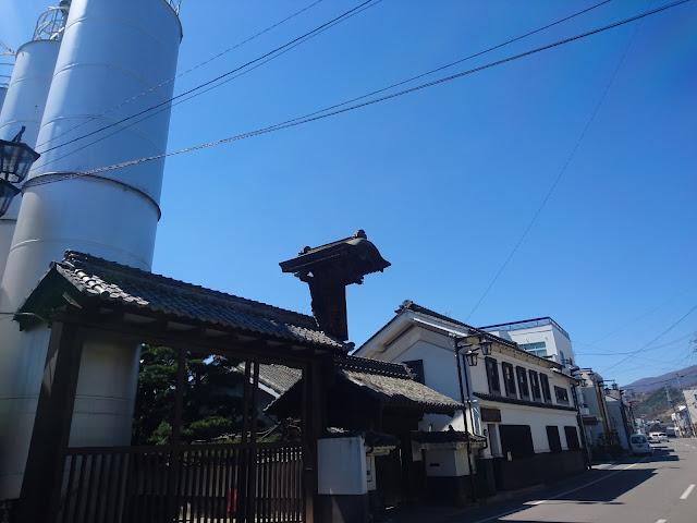 北国街道 小諸 酢久商店