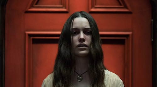 Generation Star Wars Victoria Pedretti Returns In The Haunting Of Bly Manor