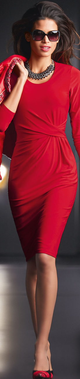 Madeleine Dress in Red
