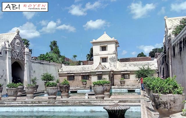 Tempat Wisata Romantis di Jogja Taman Sari Keraton Yogyakarta