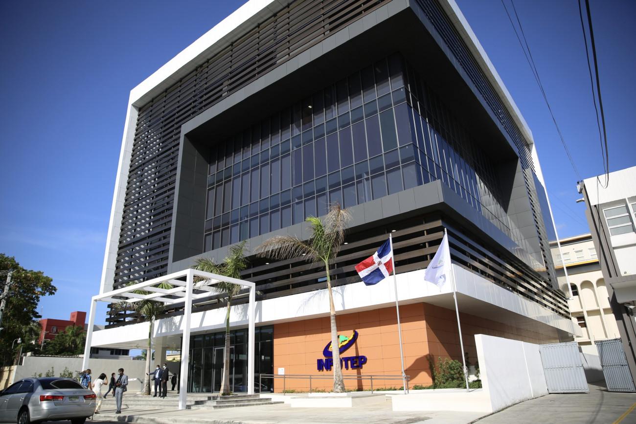 edificio corporativo INFOTEP