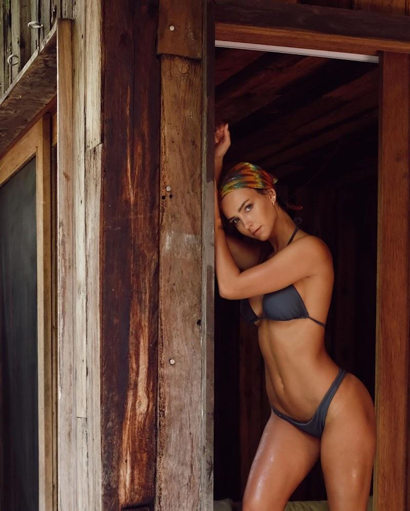 Rachel Cook Clicked in Bikini – Instagram Photos 1 Jul -2020