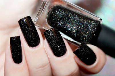 """Swatch of the nail polish """"Darcy"""" from Picture Polish"""