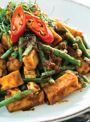 Red Curry Stir-Fry with Tofu & Long Beans Recipe