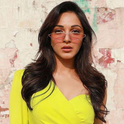 Kiara Advani : Bollywood Actress Hot Photos, Latest Free Pictures and Gallery.