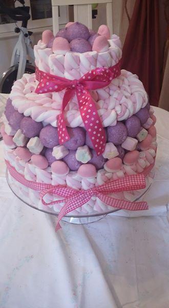 Come realizzare una torta di marshmallow   Fai da Te Mania
