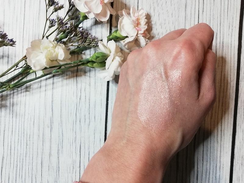 Annabelle Minerals Lily Glow róż mineralny