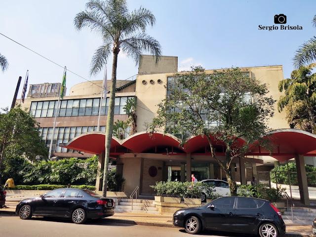 Vista ampla da entrada do Clube Atlético Paulistano - Jardim América - São Paulo