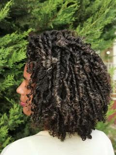 Como hidratar os cabelos cacheados e crespos