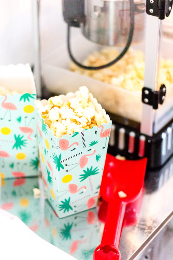 diy popcorn stand f r die kino party zu hause titatoni blog diy food lifestyle. Black Bedroom Furniture Sets. Home Design Ideas