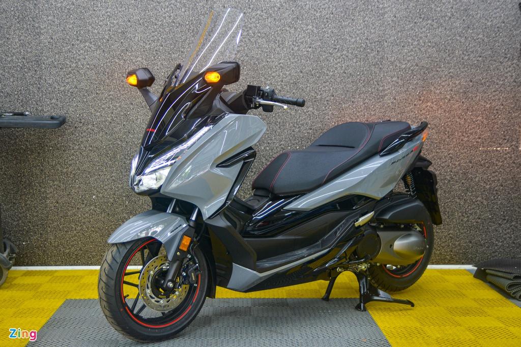 Honda Forza 300 2020 bản giới hạn về VN, giá từ 345 triệu đồng