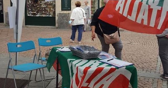"""Oggi tappa a Catanzaro Lido del gazebo della campagna di sensibilizzazione e di ascolto, """"Io donna: la Calabria che vorrei"""""""