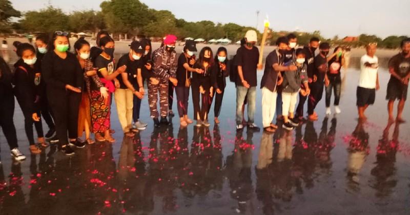 Mengenang KRI Nanggala 402, Mahasiswa di Bali Gelar Doa Bersama