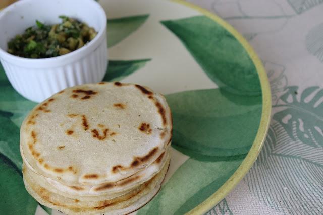 Pão de frigideira sem farinha super fácil  | Café da manhã saudável, vegano e sustentável