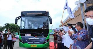 Bus Trans Metro Deli