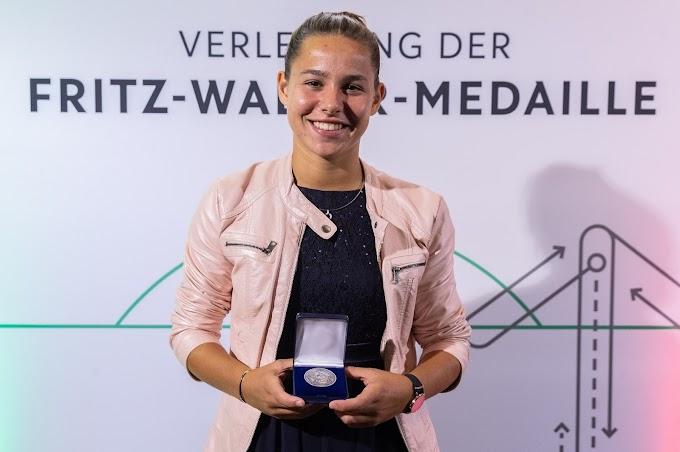 Mais um prêmio: Lena Oberdorf é eleita a melhor jogadora alemã de 2020