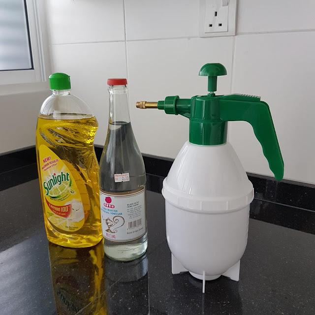 Cara Mudah Matikan Rumput Tanpa Racun - 19,663 Netizen Share Tips Ini