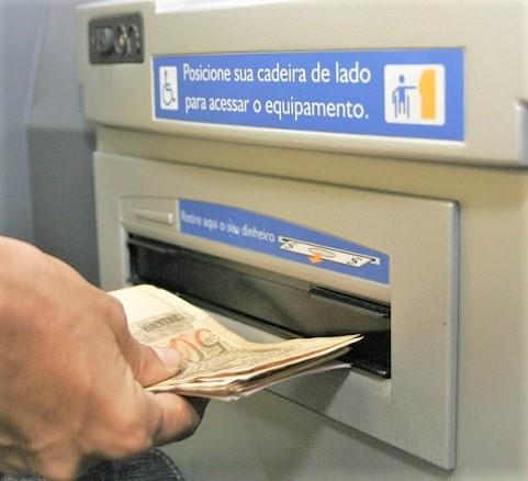 Antecipação do PIS-PASEP: Mais de 8,5 milhões de pessoas ainda não sacaram até R$ 1.100,00; confira calendário e quem ainda pode receber