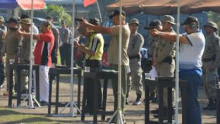 HUT Bhayangkara 73, Danrem dan Jajaran Pamen Ikut Lomba Menembak
