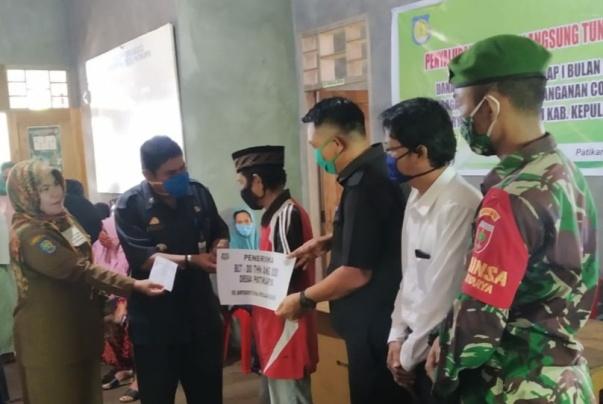 Pemdes Patikarya Kecamatan Bontosikuyu Salurkan BLT Dana Desa Untuk 177 KK