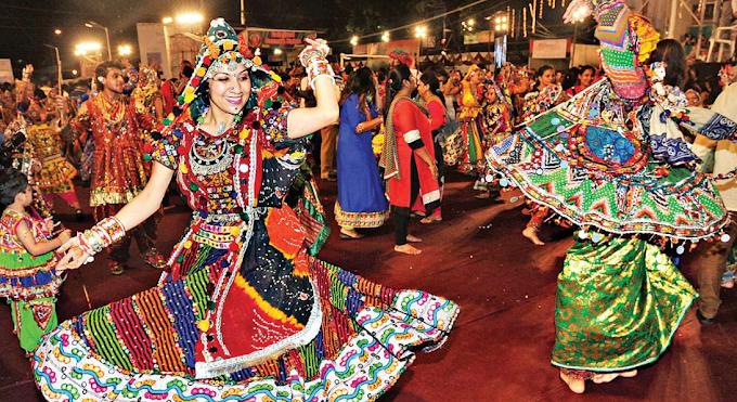 Gujarati Garba Song-Raas Garba song And Khelaiya Garba MP3-video Song  Free Download For Navratri