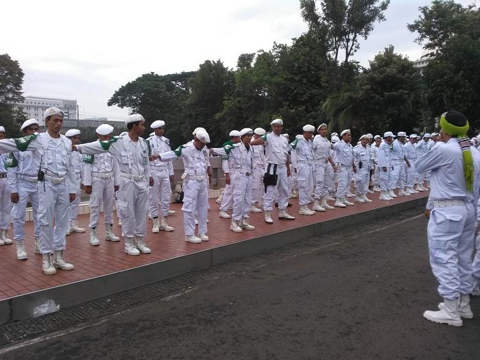 Takut Diciduk Paksa Polisi Kediaman Habib Rizieq Shihab Di Bogor