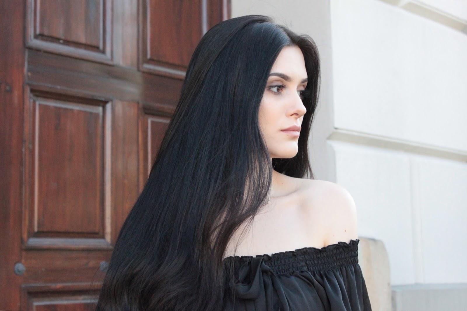 Off the shoulders look, total black, stylizacja