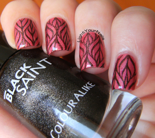 Stamping with China Glaze OMG, Colour Alike Black Saint and BP-L003 stamping plate from BornPrettyStore