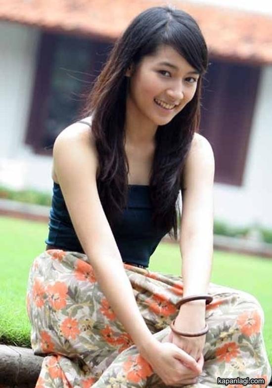 Image Result For Dewi Purnama Sari Dps Seksi Shoot Ungu Galeri