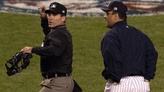 En un partido en mayo de 2001, Hernández decretó una jugada que impulsó a Torre a decir después del juego que Hernández ''sólo quería hacerse notar allí''.