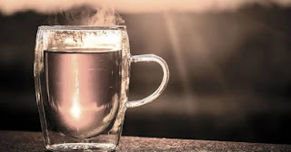6 Benefits of Drinking Warm Water for a Successful Healthy Diet